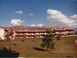 Villaggio girasole 1 1980
